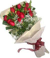 11 adet kirmizi güllerden özel buket  Ankara şentepe internetten çiçek siparişi
