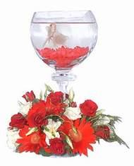 Ankara 14 şubat sevgililer günü çiçek  Kadehte estetik aranjman