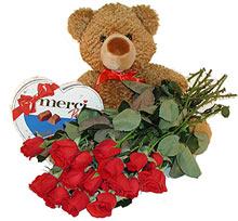 oyuncak çikolata  12  gül   Ankara batıkent çiçek yolla