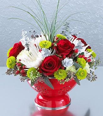 Ankara anneler günü çiçek yolla  Cam yada mika vazo içerisinde karisik mevsim tanzimi