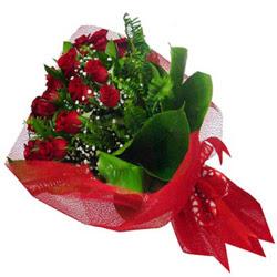 Ankara ergazi kaliteli taze ve ucuz çiçekler  12 adet kirmizi essiz gül buketi - SEVENE ÖZEL