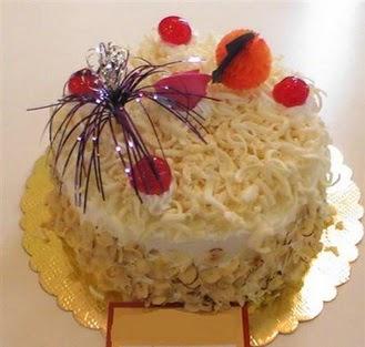 pasta siparisi 4 ile 6 kisilik yaspasta mis lezzette  Ankara eryaman çiçekçi telefonları