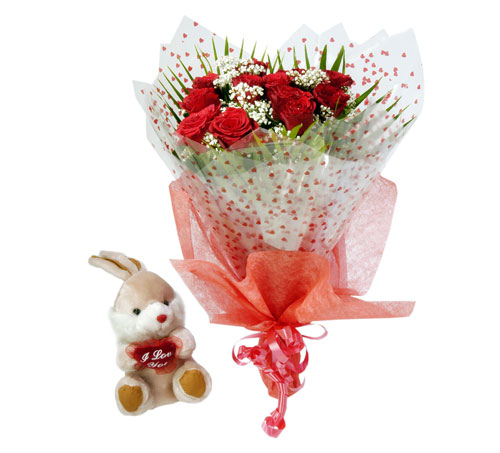10 adet kirmizi gül buketi ve hediye oyuncak  Ankara hacettepe çiçek mağazası , çiçekçi adresleri