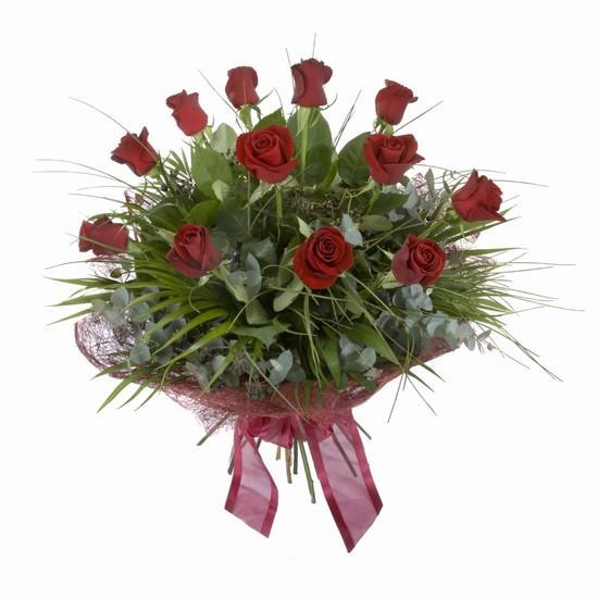 Etkileyici buket 11 adet kirmizi gül buketi  Ankara karacakaya internetten çiçek satışı