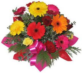 Karisik mevsim çiçeklerinden buket  Ankara çayyolu hediye sevgilime hediye çiçek