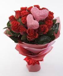 12 adet kırmızı gül ve 2 adet kalp çubuk  Ankara 14 şubat sevgililer günü çiçek