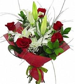 1 dal kazablanka 5 kırmızı gül buketi  Ankara ergazi kaliteli taze ve ucuz çiçekler