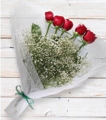 5 kırmızı gülden sade buket  Ankara batıkent çiçek yolla