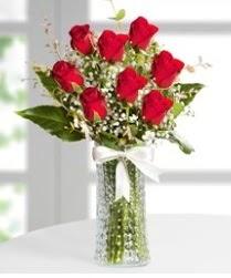 7 Adet vazoda kırmızı gül sevgiliye özel  Ankara lalegül çiçek siparişi sitesi
