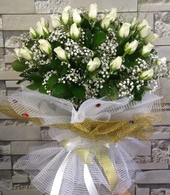 41 adet beyaz gül kız isteme buketi  Ankara gimat çiçek satışı