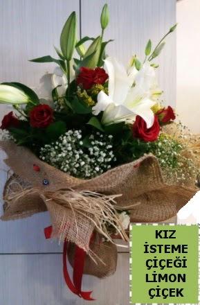 3 dal kazablanka 13 adet kırmızı gül  Ankara ostim çiçek gönderme sitemiz güvenlidir