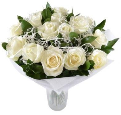 15 beyaz gül buketi sade aşk  Ankara gimat çiçek satışı