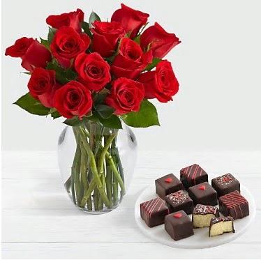 Cam vazoda 12 kırmızı gül el yapımı çikolata  Ankara ostim çiçek gönderme sitemiz güvenlidir